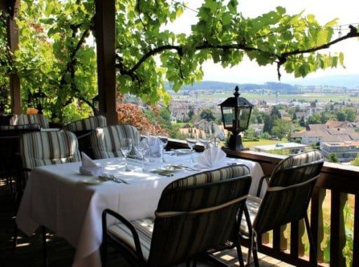 Restaurant Chalet Waldgarten - Bassersdorf | Cuisine de Poisson ...