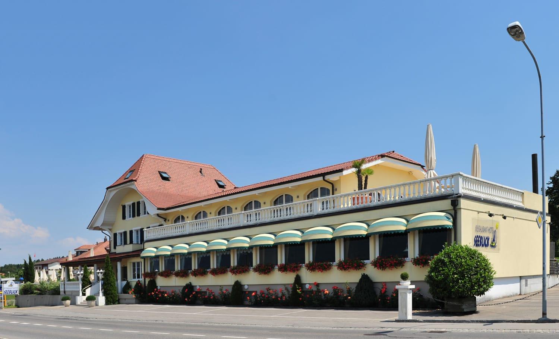 Restaurant Hotel Seeblick Ag Mörigen Fischküche Mit Auszeichnung